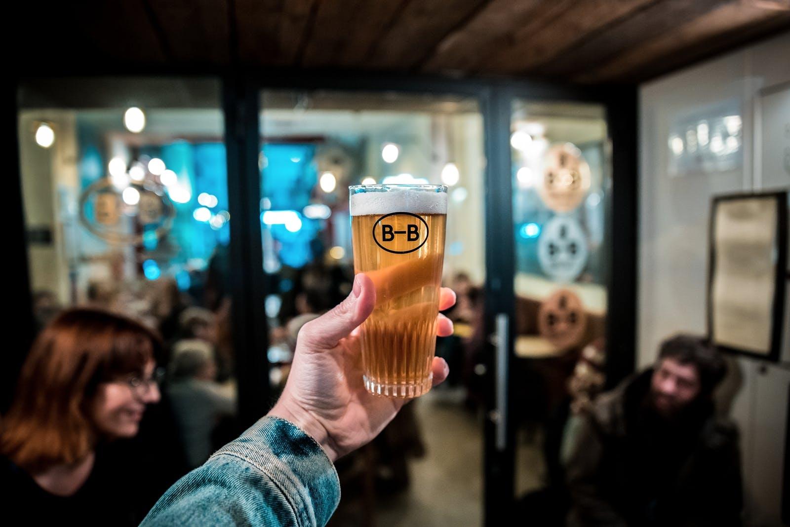 Barna Brew Glass of Beer