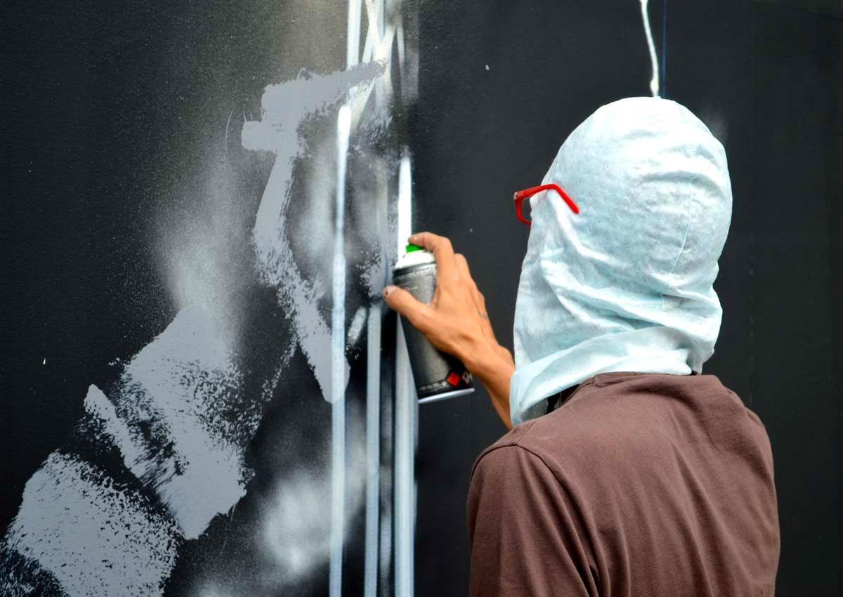 Futura painting the Bowery Wall detail 1