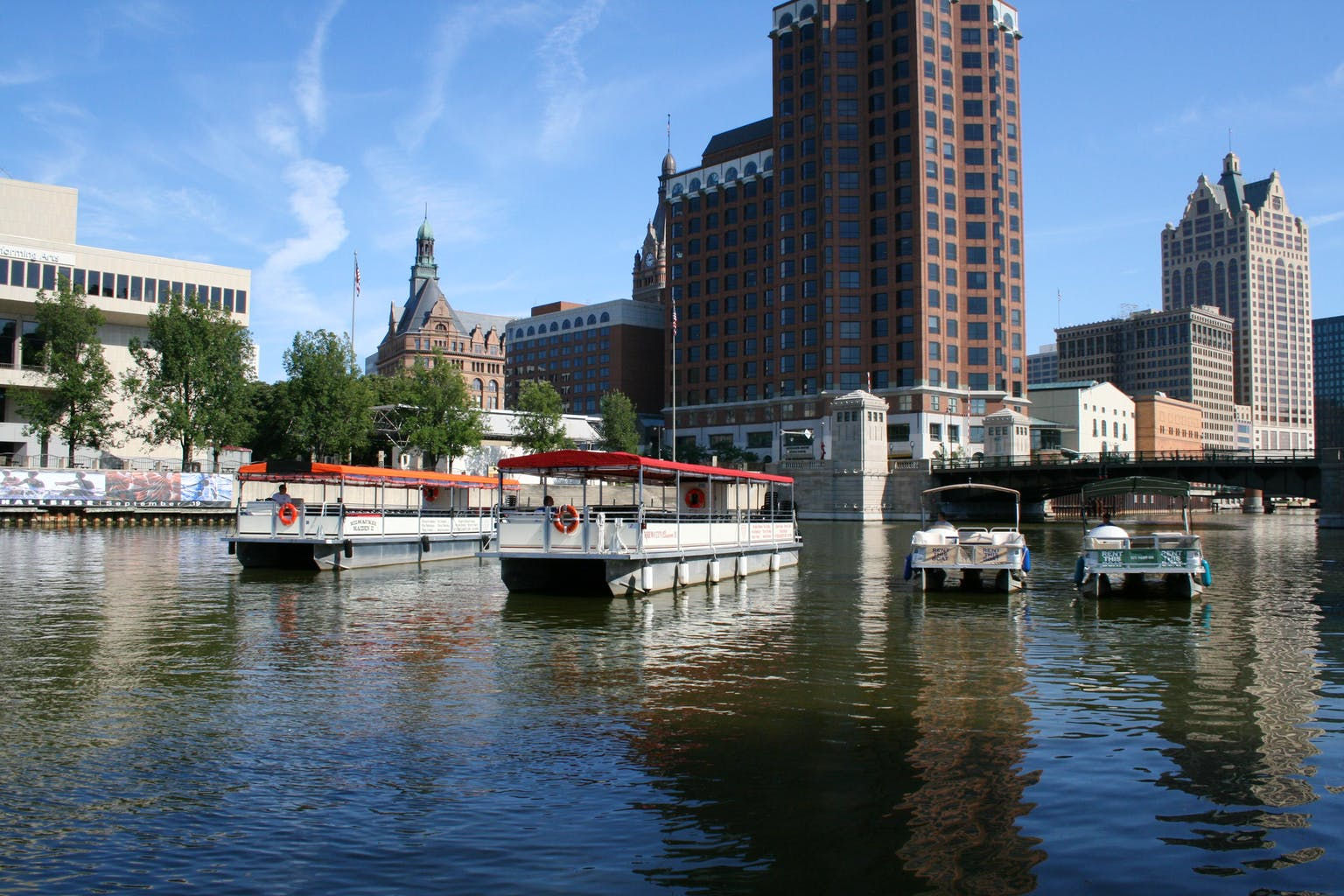 The Milwaukee Maiden II and The Brew City Queen II