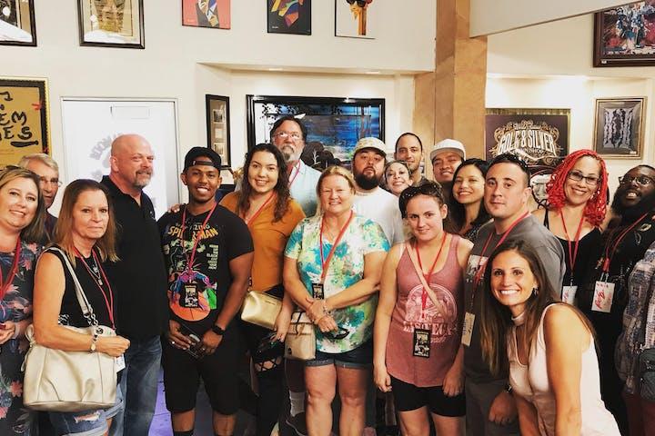 Meet and Greet Pawn Stars Tour | Annie Bananie Las Vegas Tours