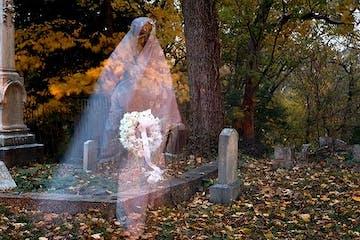 Ghost in Oak Hill Cemetery Georgetown