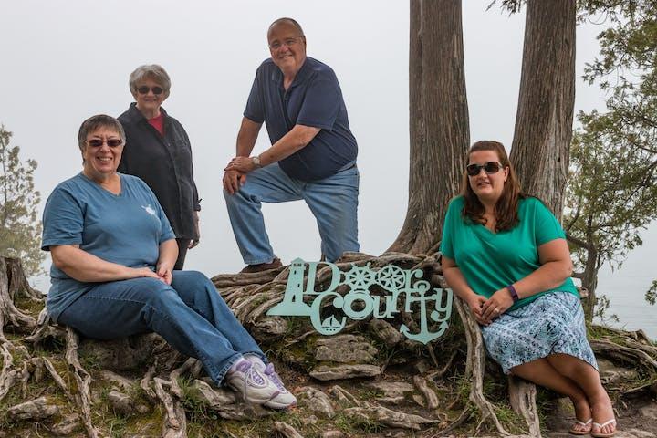 Group photo of family in Door County, Wisconsin