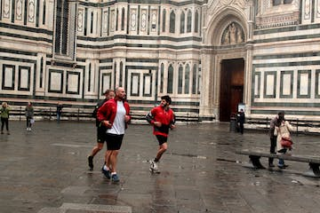 people running in florence