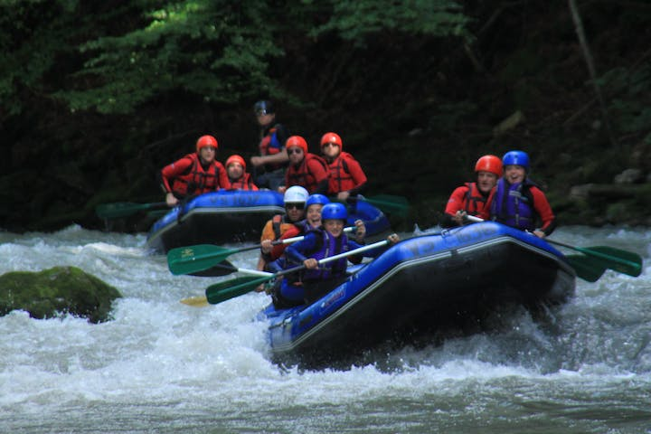 A group on Full day rafting trip