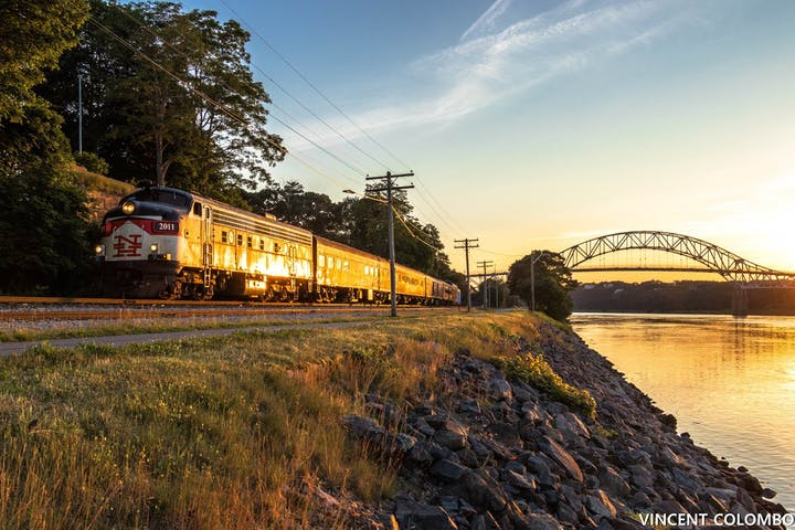 Cape Cod Dinner & Wine Train | Cape Cod Central Railroad