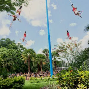 Papantla Flyers | Discover Mexico Park
