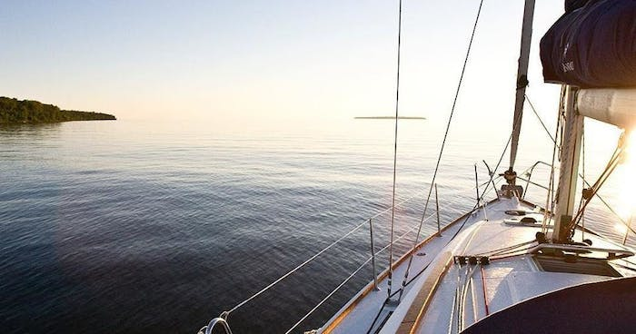 Superior Charters & Yacht Sales   Apostle Islands Cruises