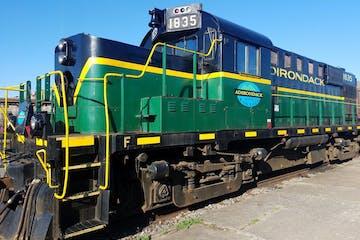 green 1835 train