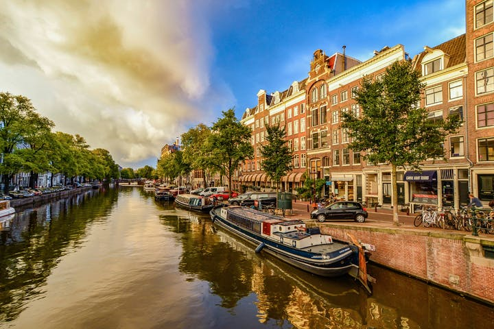 Historical Amsterdam Walking Tour Image
