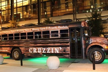 Cruzzin' party bus