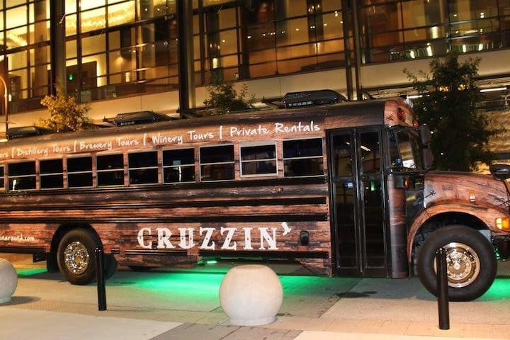 Cruzzin' party bus