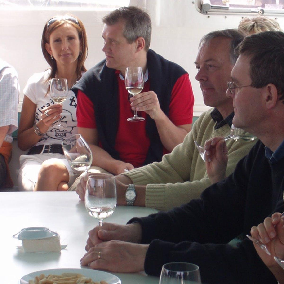 Wine Tasting in Catamaran Orsom Barcelona