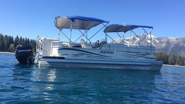 Pontoon Boat Rental in Lake Tahoe