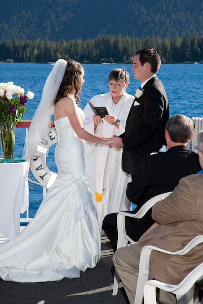 Lake Tahoe Wedding Venue Gal Ceremony