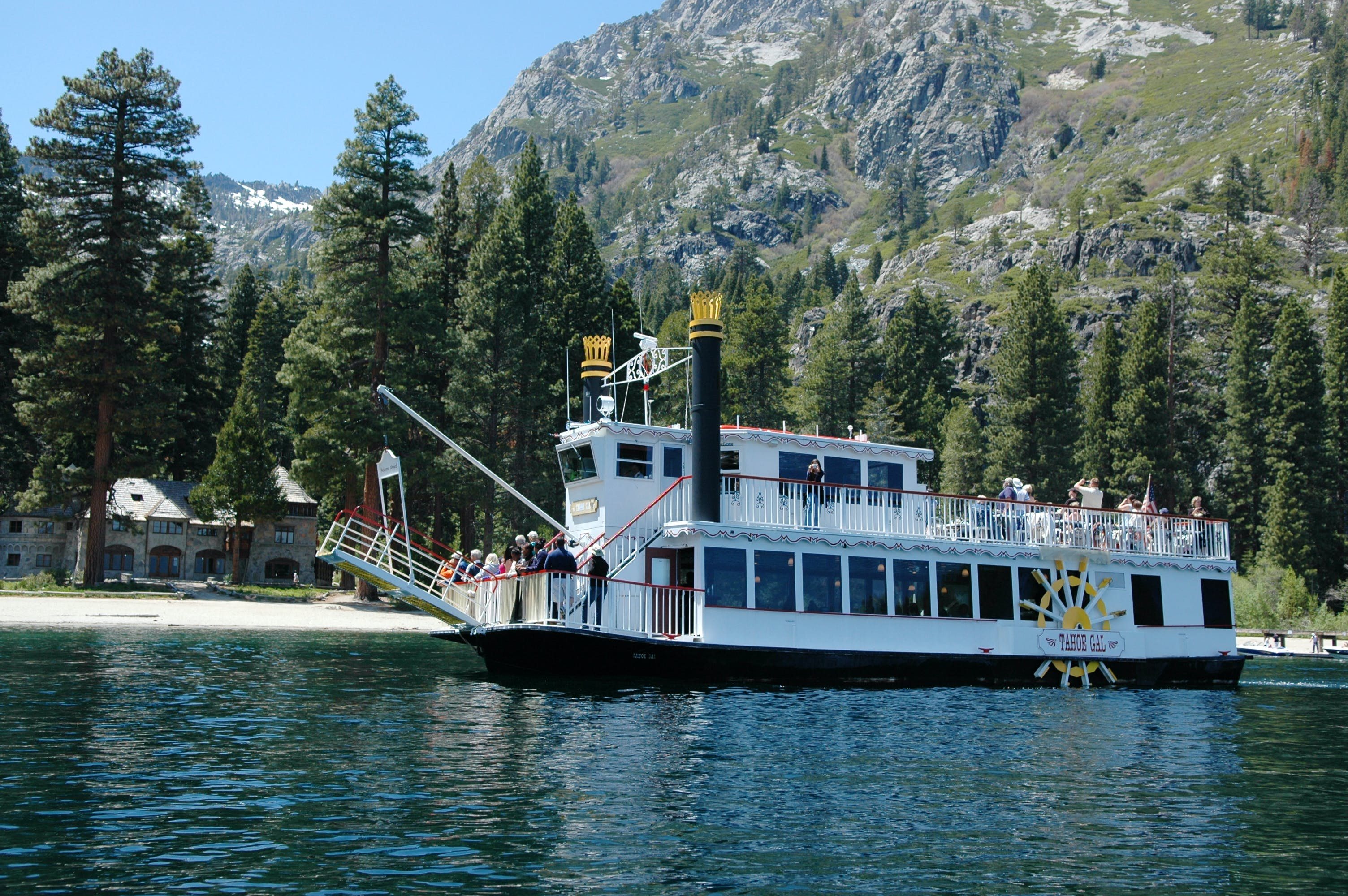 lunch cruise to emerald bay