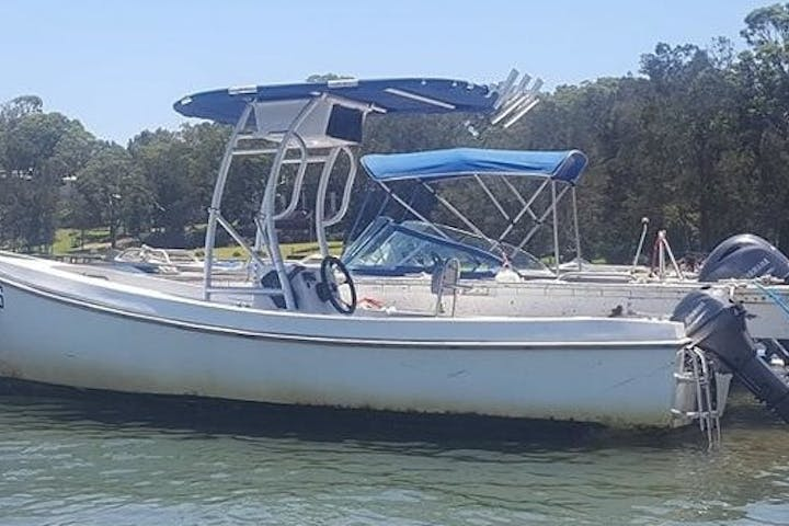 2 Hour Runabout Boat Hire
