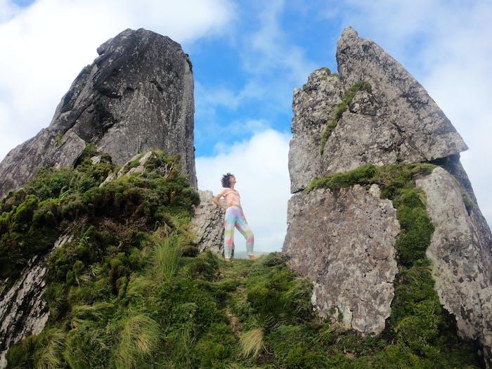 "Outro Olhar Sobre A Ilha Das Flores – Marília Hipólito – ""Morro ..."