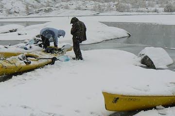 Kayaks in Nigardsbrevatnet