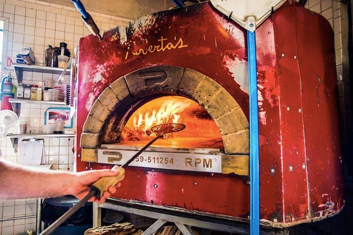 Robertas Pizza Oven