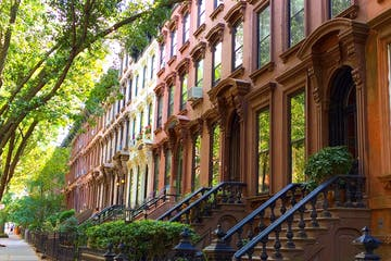 row of brownstone homes in Park Slope