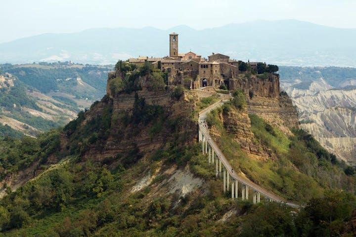 Bagnoregio atop a mountain