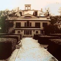 Hampton Courtyard under Crozat Era