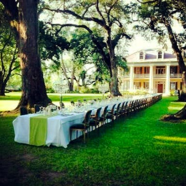 Front lawn wedding dinner