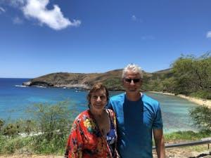 couple at Hanauma Bay with pure aloha adventures Hawaii
