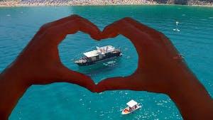 escursioni in barca con il cuore