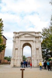 Arco dei Gavi a Verona