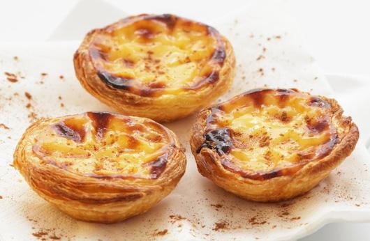 Portuguese custard tarts: pastel de nata