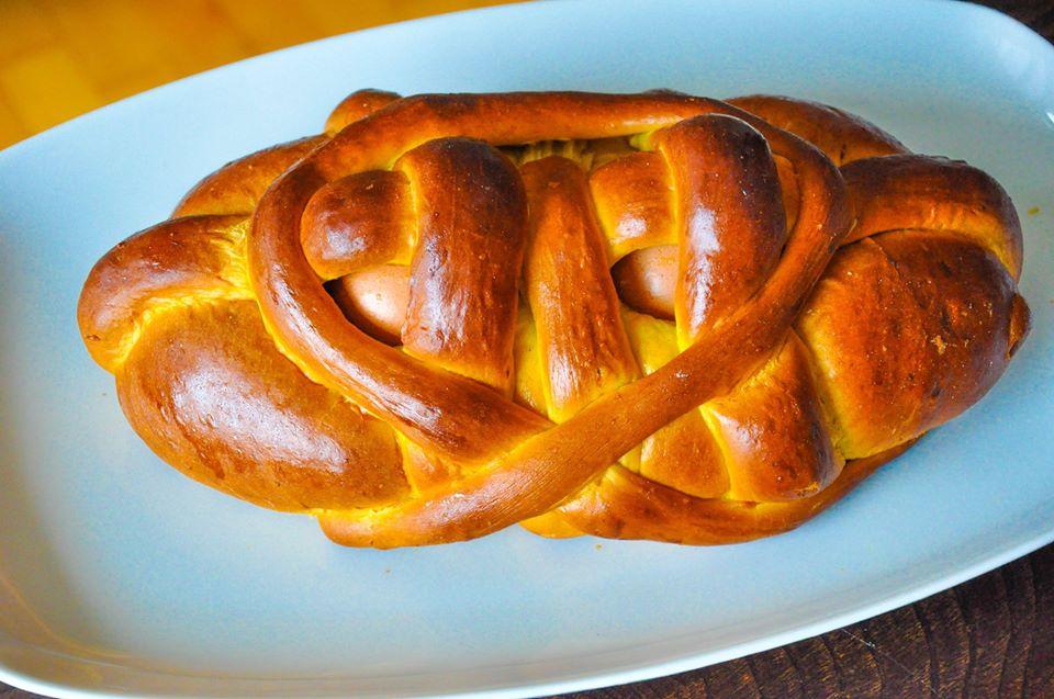 Easter bread Folar