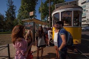 walking food tour tram 28