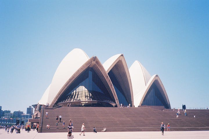 A close view on sydney opera house