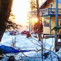 Multi-Day snowmobile tours to Alaskan lodges