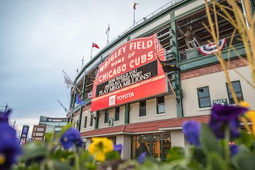 Wrigley-Field-Chicago