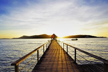 ROMANTIC ISLAND SUNSET