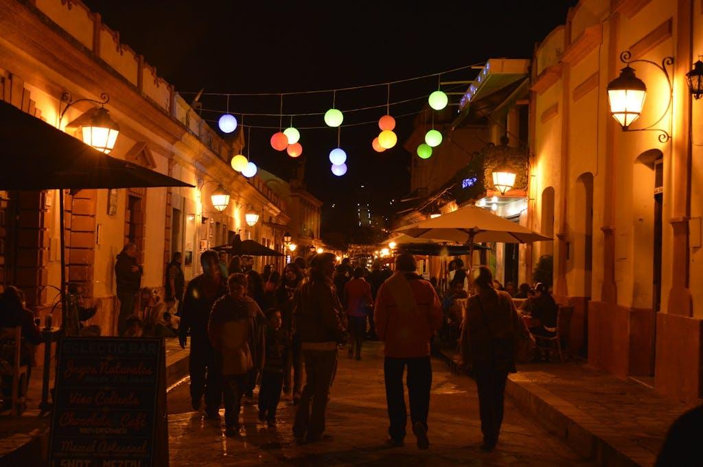 San Cristóbal street scene