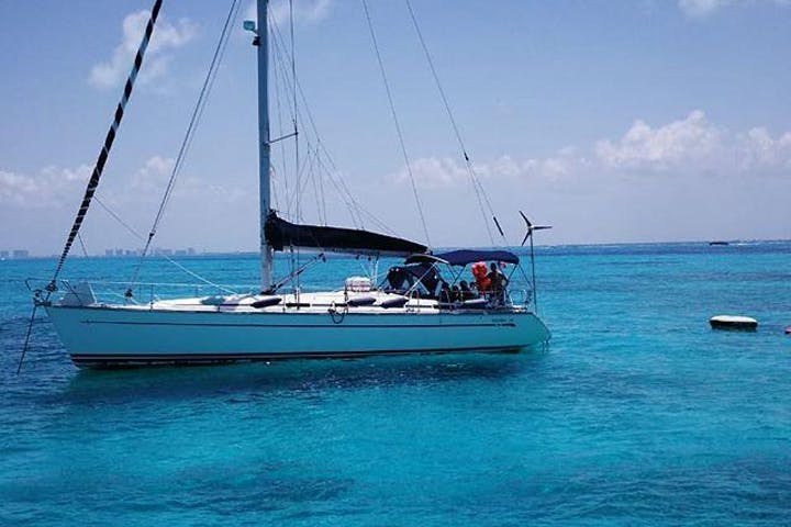 Private Sailboat Charter on water