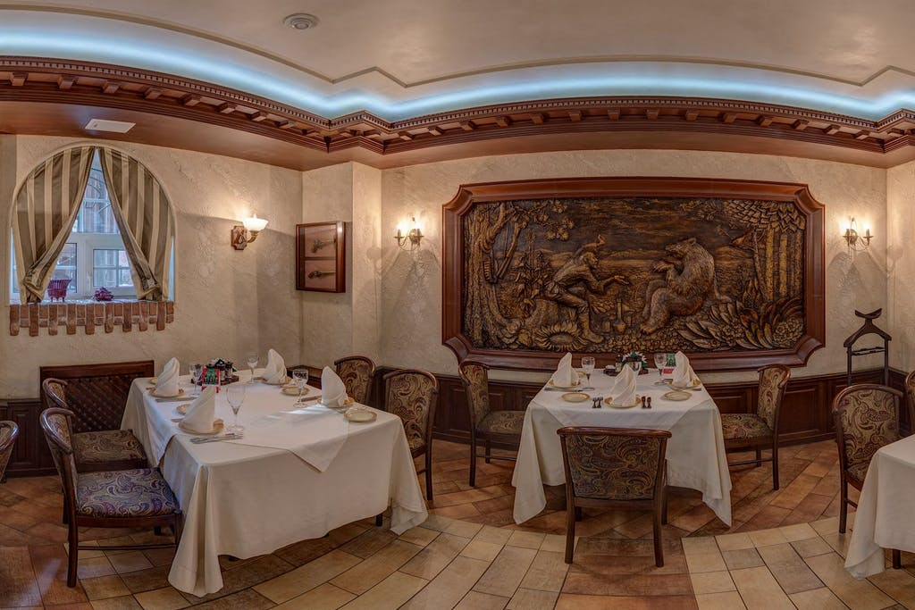 The main dishes in the restaurant in Irkutsk are game and fish