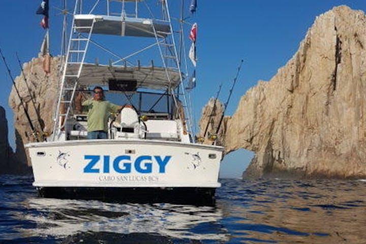 Ziggy - 33' TOPAZ on beach