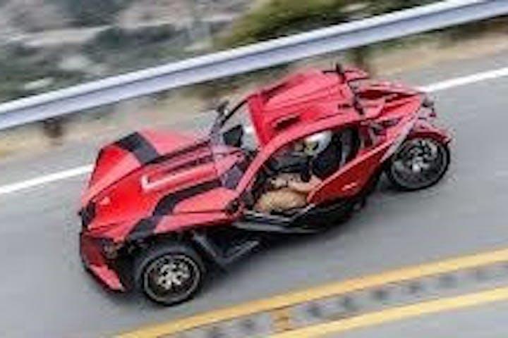 polaris slingshot driving