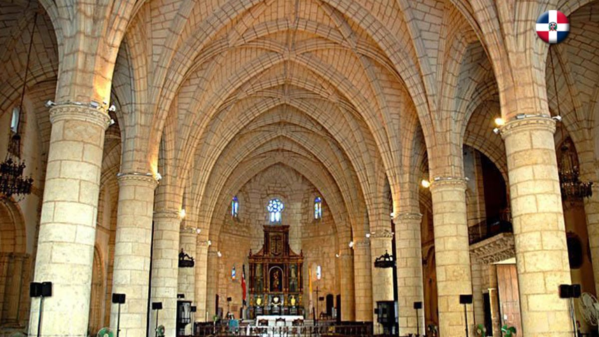 Santo Domingo church interior