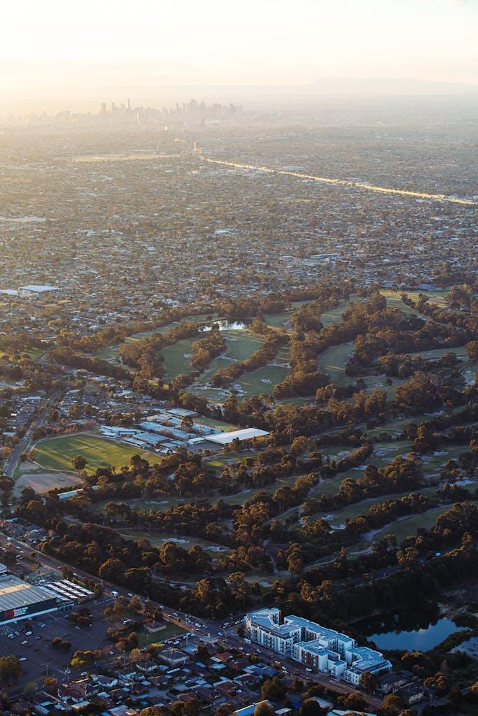 Melbourne CBD viewed from sandbelt golf course