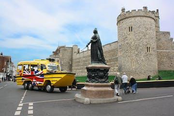 Queen Victoria Statue in Windsor