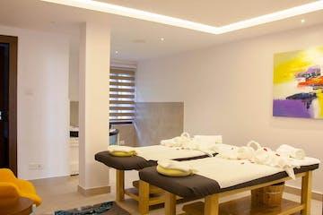 Couples massage place
