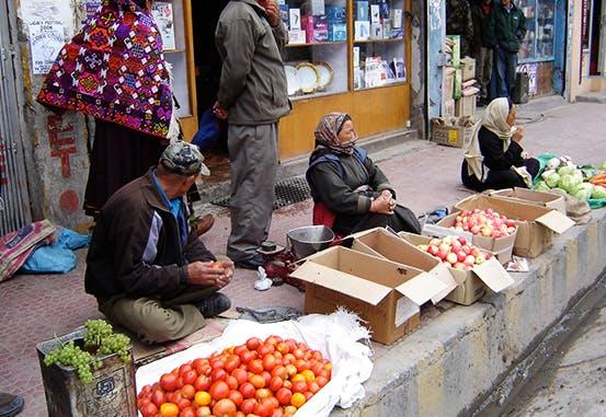 Street vendors in Leh town.