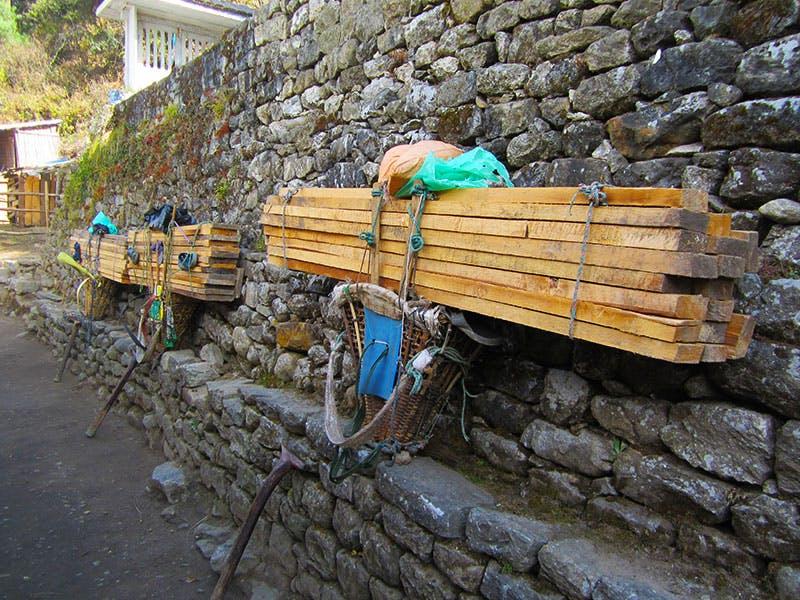 Wide loads of porters