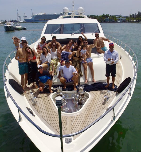Boat Rentals & Yacht Charter Services