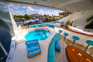 Jacuzzi on the flybridge of this charter a yacht in Fort Lauderdale.